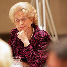 Dr. Etta Schiller