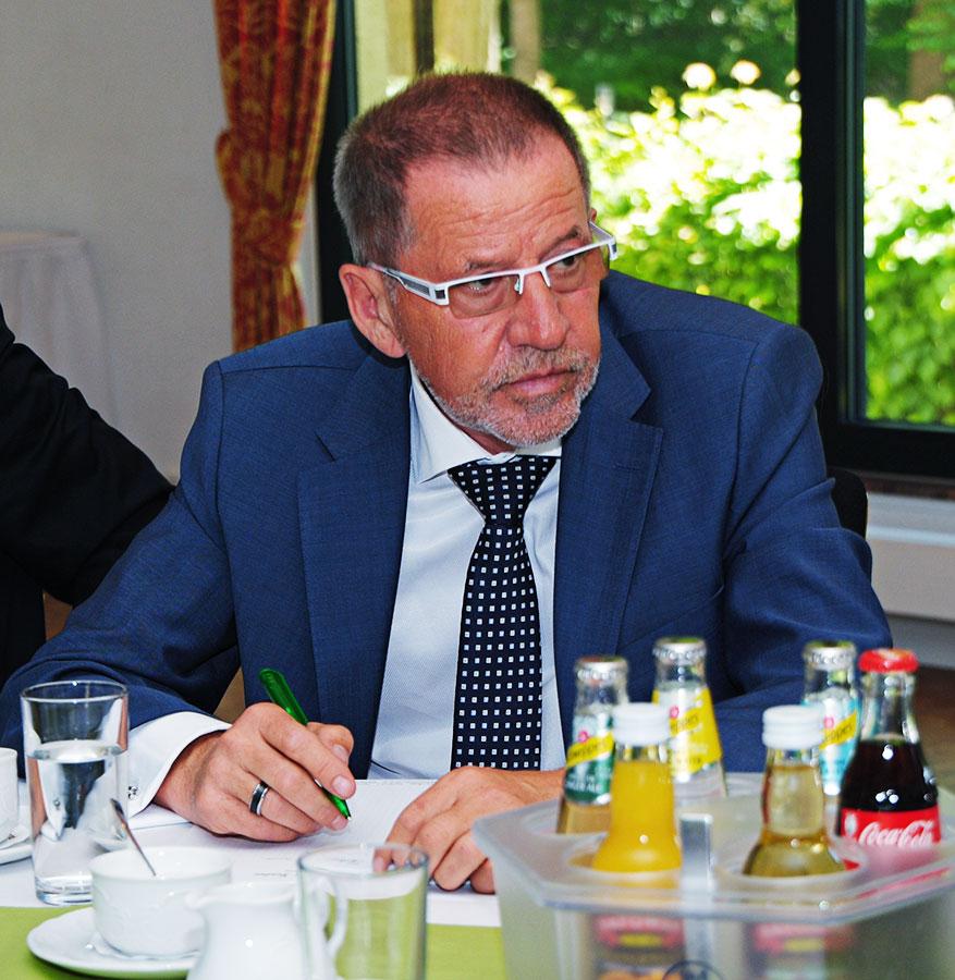 Dr. Eckhard Pratsch